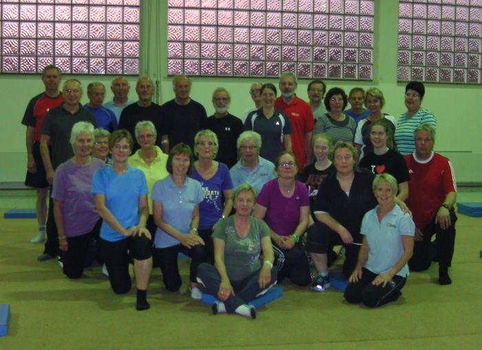 Präventive Wirbelsäulengymnastik für Frauen und Männer
